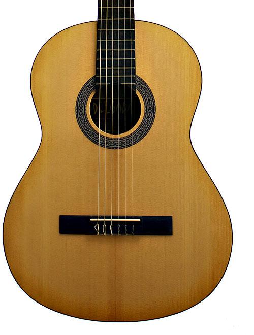 Delgada DGC-08A Classical Guitar, 4/4 Size