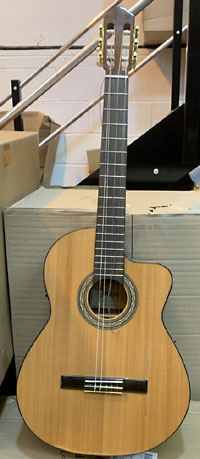 Carvalho 5C CW Classical Guitar - Damaged