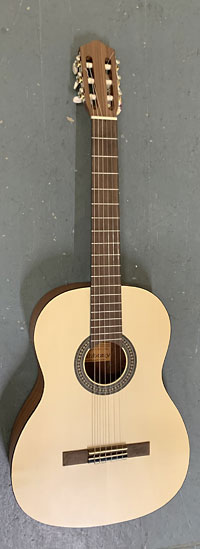Ashbury AGC-304 Classical Guitar 4/4 - Damaged